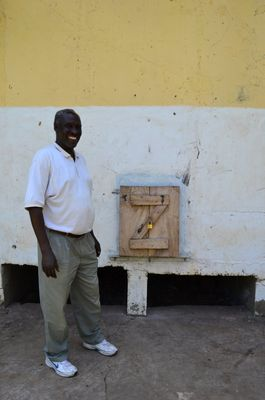 Waste Less Food - CIRIDE manager Zaccaria by one of the Silos